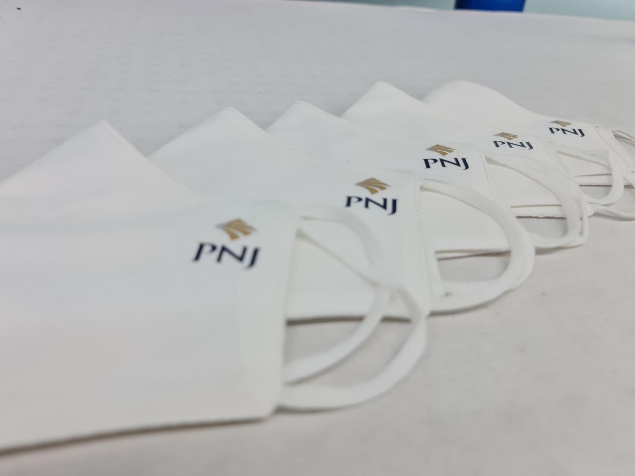 May Khẩu Trang Vải Kháng Khuẩn In Logo Pnj Ngăn Ngừa Covid Chất Lượng Cao