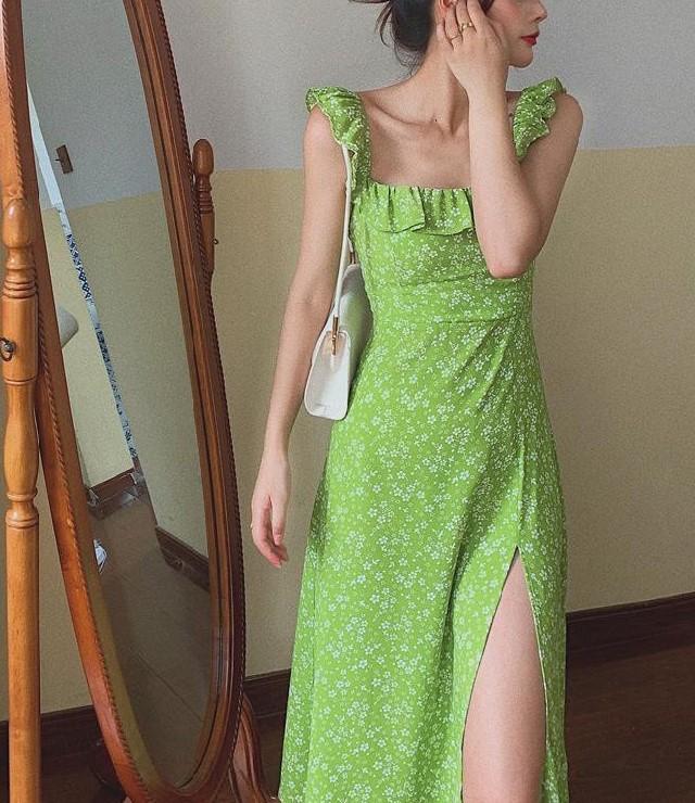 Đầm Midi Cổ Vuông Xẻ Tà Phong Cách Cổ Điển Pháp